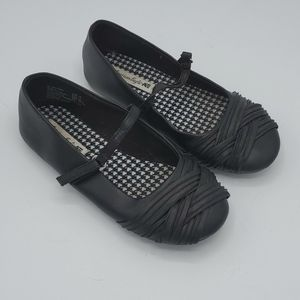 Black American Eagle Dress Flats - Size 13